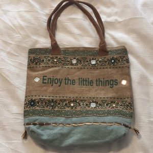 Bag with quote